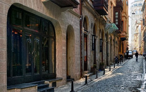Galata Tower Walking Street